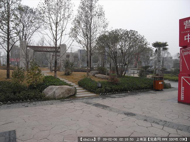 武汉某小区入口广场景观实拍组图