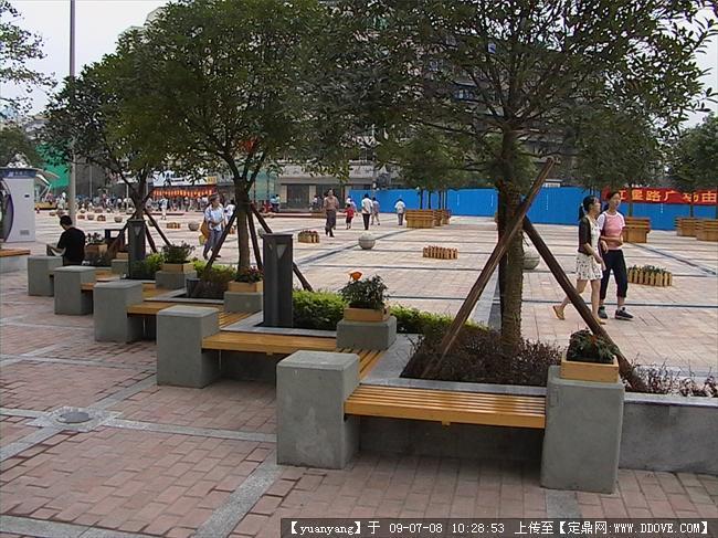 园林建筑小品-树凳.jpg