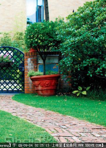 3步自建欧式情调花园的图片浏览