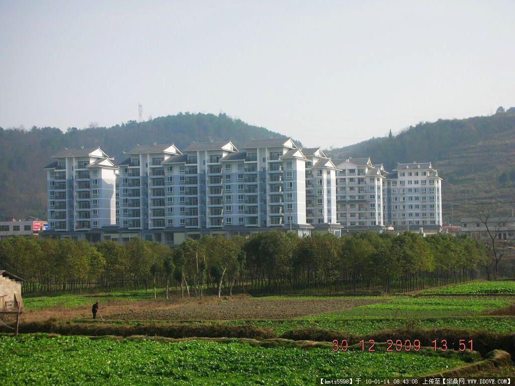 农村住宅建筑实景照片一张的图 高清图片