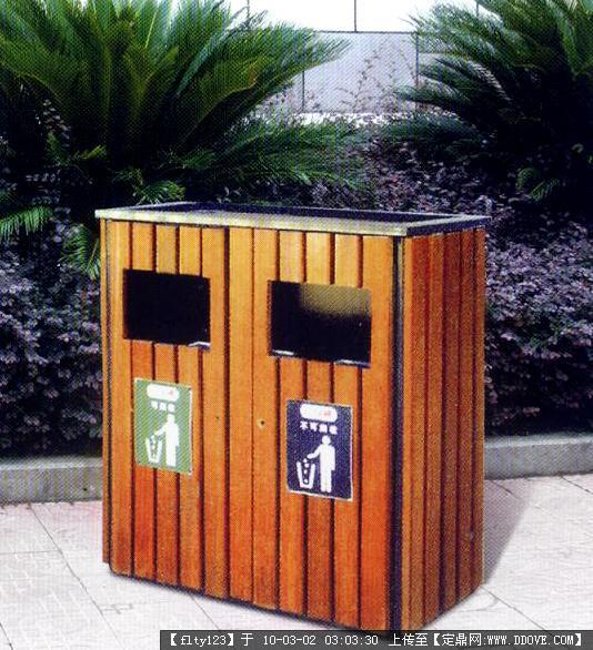 公园椅,垃圾桶实景照片