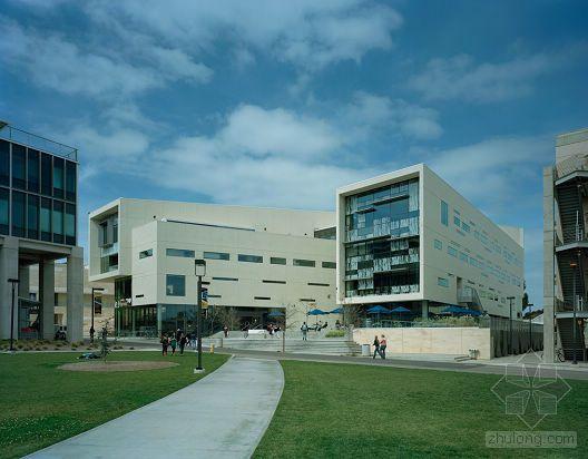 加州大学圣地亚哥分校Price Center扩建()